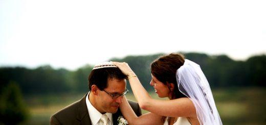 Я - в мессианской общине, сестра из другой церкви. Куда ходить после свадьбы?