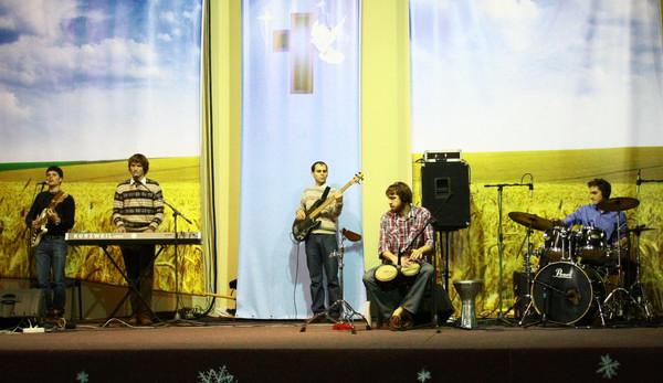 Шаббат 11.12.10, КЕМО. Прославление
