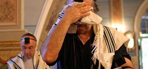 jew-pray