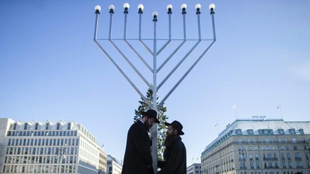 Ханука: присоединяясь к евреям в праздновании