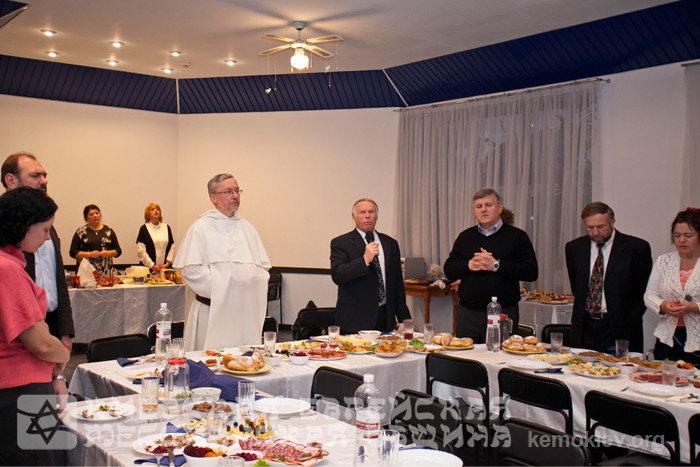 Лидеры союзов и церквей Украины отпраздновали Хануку