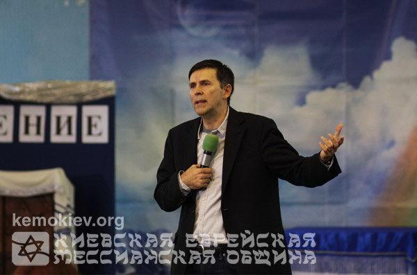 """Ретрит: Наступает год """"тихого"""" служения Господу"""