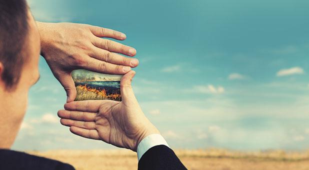 Духовное и мирское: почему не стоит разделять свою жизнь
