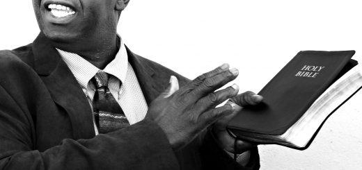 Сколько должен получать ваш пастор?