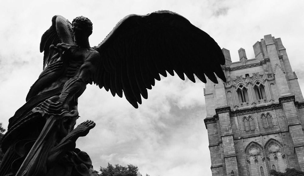 Семь демонов, атакующих церковь