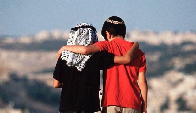 """Гаарец"""": фото, ставшее символом дружбы арабов и евреев, оказалось ..."""