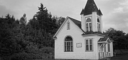 Должны ли церкви переманивать верующих из других общин?