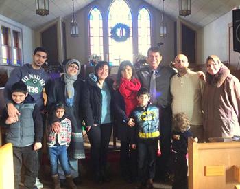 На фото: пастор Адриан, его жена и некоторые прихожане-мусульмане