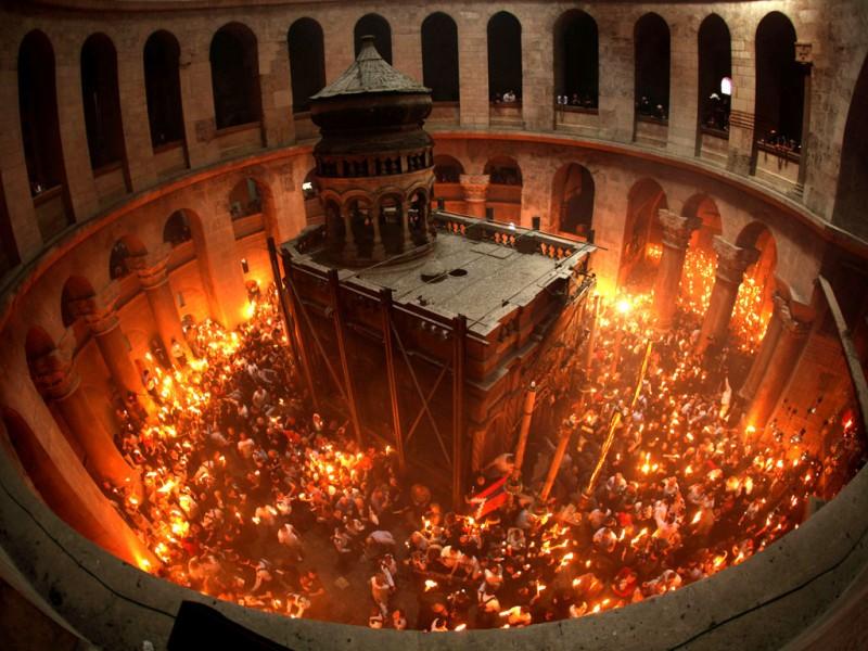 Армянский богослов Давид Бекназарян о святом свете с Гроба Господня