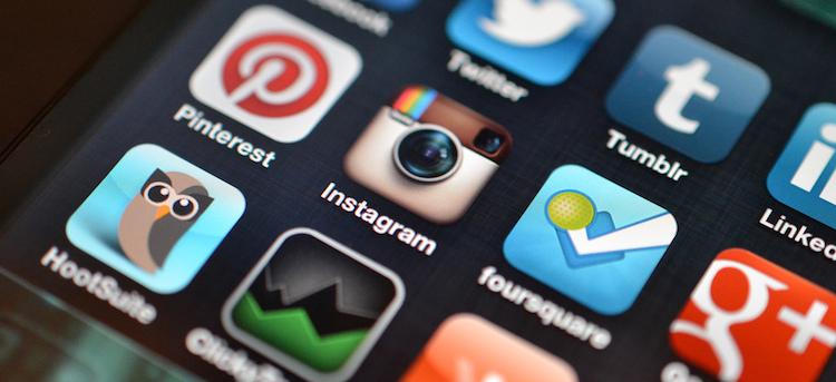 Семь позитивных путей использования социальных сетей верующими