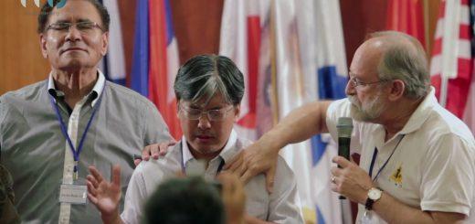 Почему китайский пастор следует за Богом Израиля?