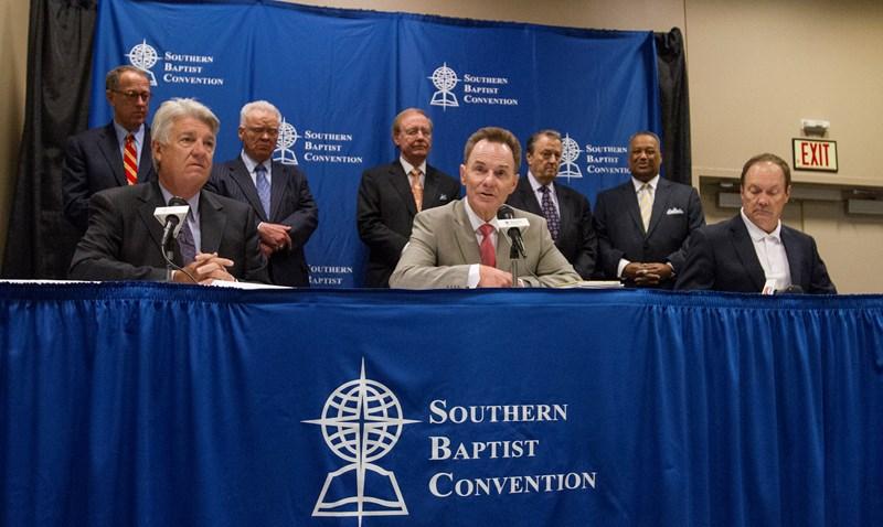 """Что происходит с """"южными"""" баптистами?"""