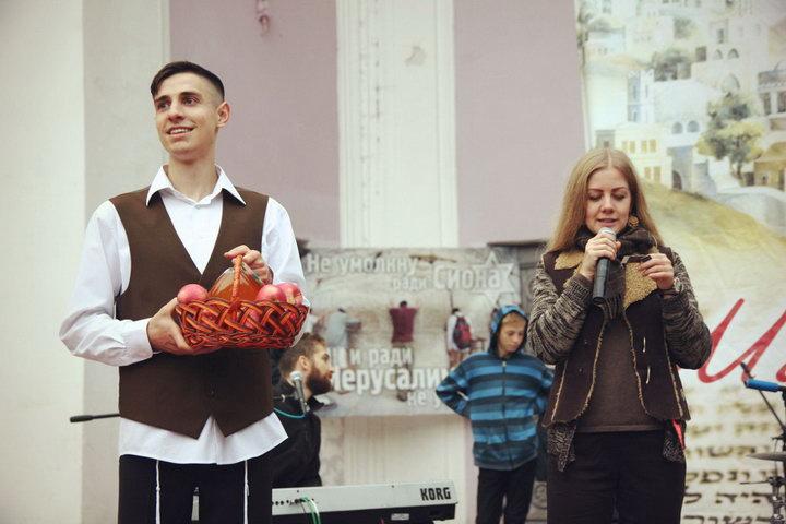 Мессианская община Винницы провела праздничный новогодний концерт. Фото