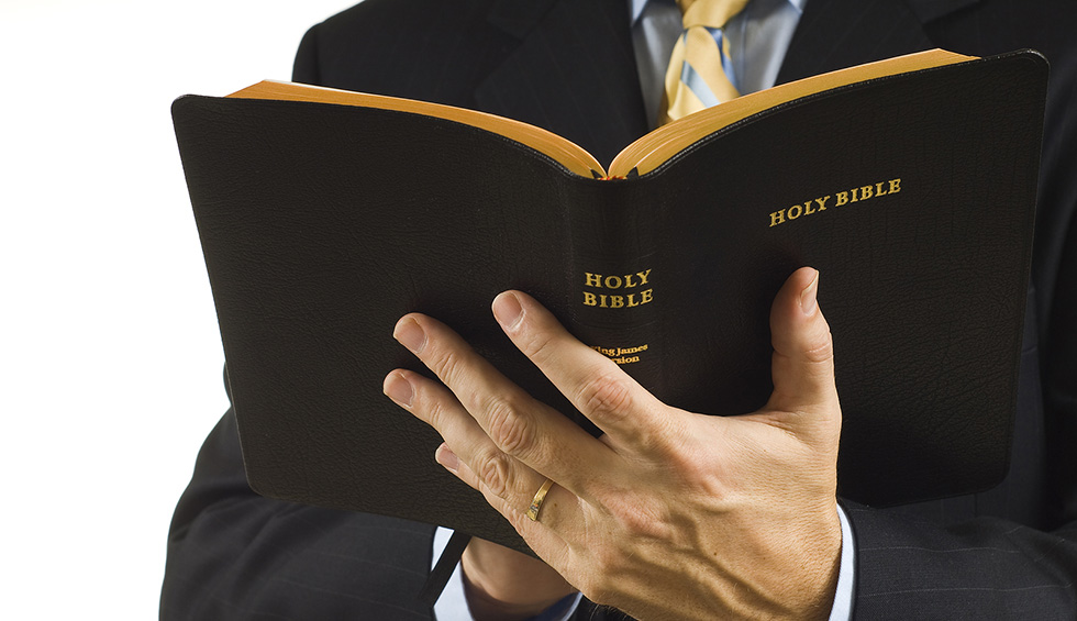 Pastor-with-Bible2