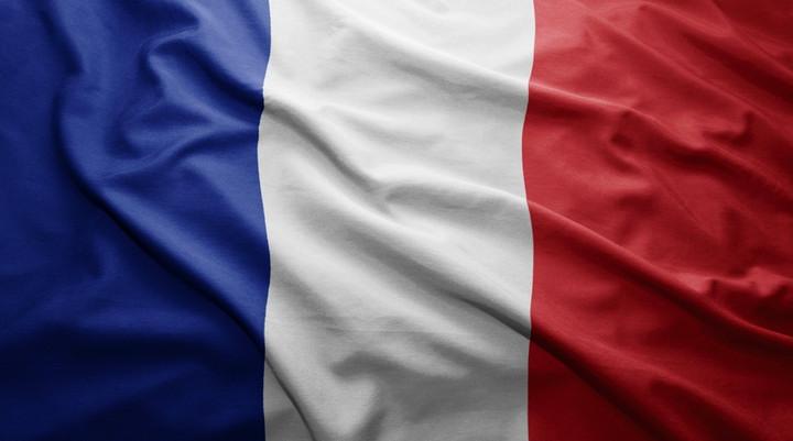 Франция: разорванное полотно