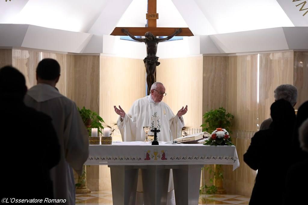 Папа Франциск: христианин не может не возвещать Христа