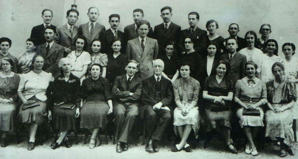 1937 год, Ричард Вурмбранд - в центре