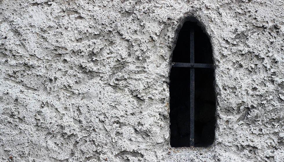 признаки нездорового поведения пастора