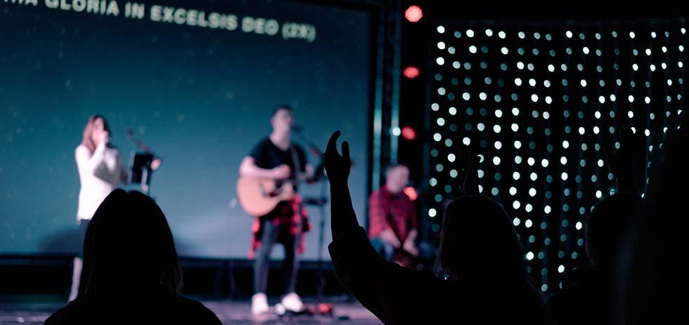 non-christians-worship2