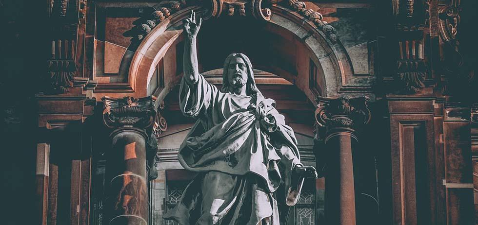 Figure Christ Sculpture Jesus Christ Statue
