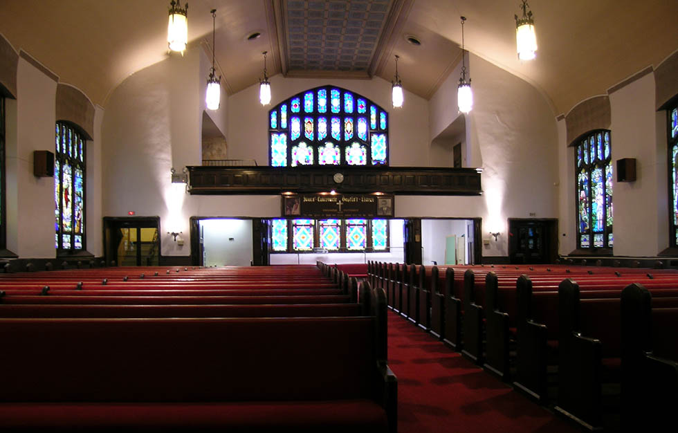 Jones Tabernacle Baptist Church, interior