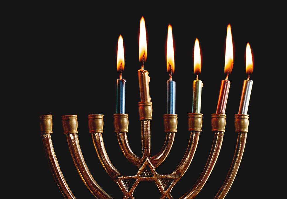 как зажигать свечи на Хануку
