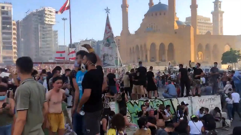 Акции протеста в Бейруте: ливанцы обвиняют власти в халатности, приведшей к взрыву