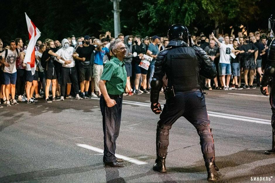 «Беззаконие и безумие». Христианин, попавшийся «под руку» силовикам, рассказал, что на самом деле происходит в Беларуси