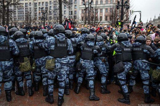 По России прокатились протесты в поддержку Навального
