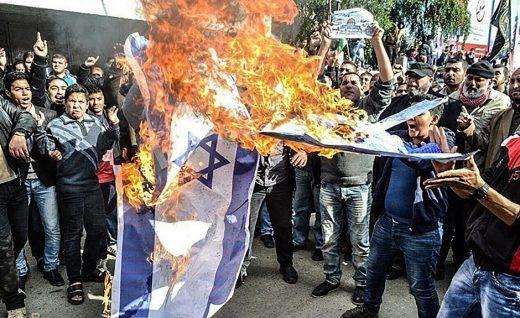 «У Израиля нет права на существование»: в мире проходят манифестации солидарности с палестинцами