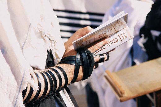 Соблюдение Закона и законничество: в чём разница?